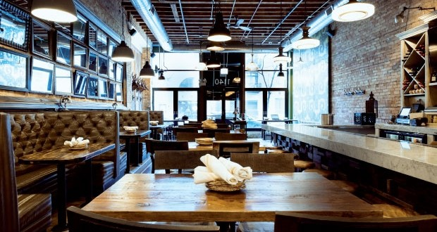 MAD Social opted for a soft start, running a week of mock service when it opened in Chicago. MAD SOCIAL